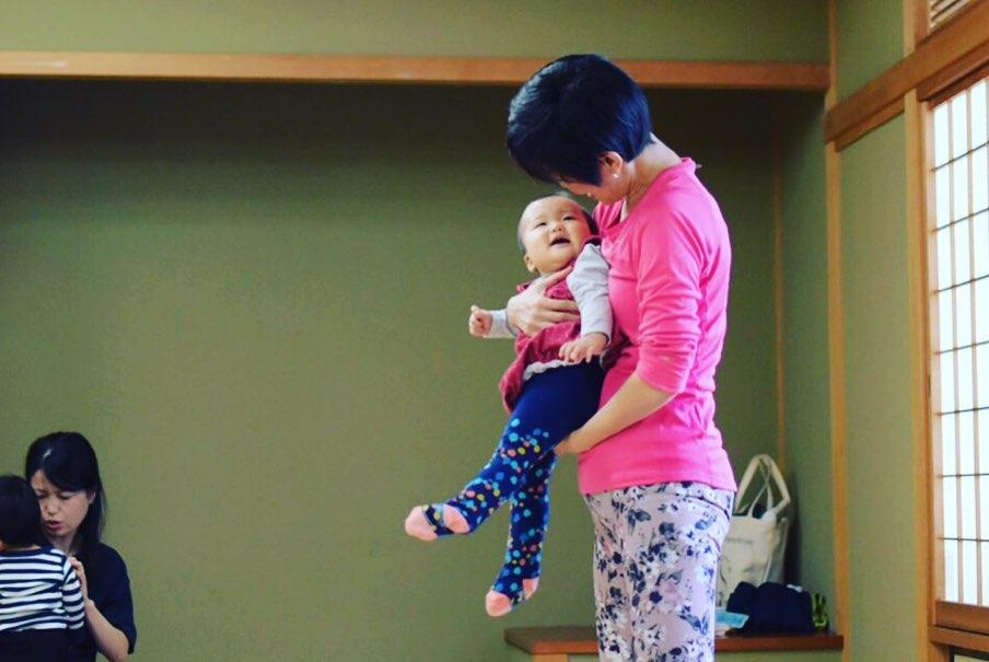赤ちゃんと一緒に参加できる 【ママヨガ】10月