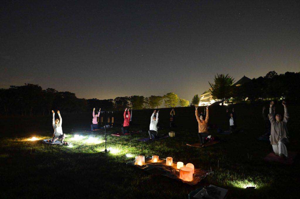 夜ヨガ,外ヨガ,アーシングヨガ,音瞑想,大田原市,T's yoga,ティーズヨガ